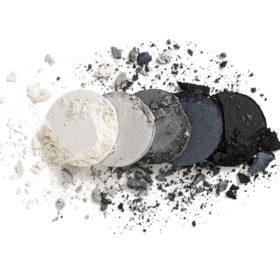05 : Black Dust